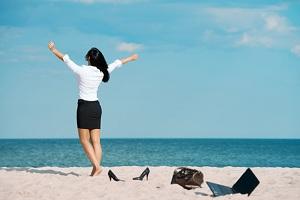 Аванс заработной платы в месяце отпуска