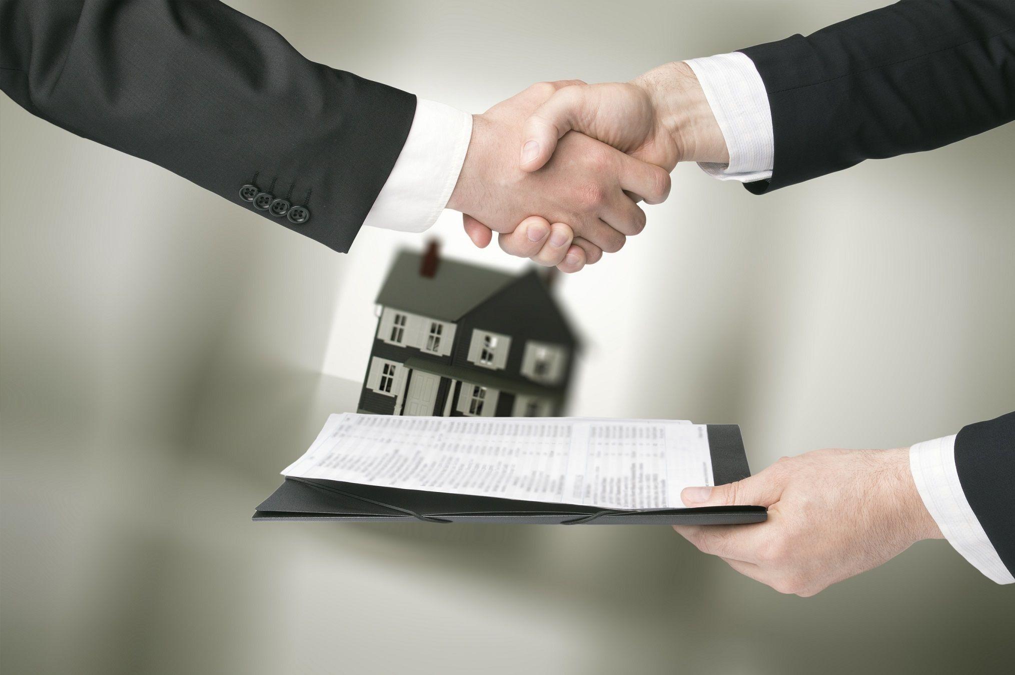 Как переоформить квартиру на сына без налога
